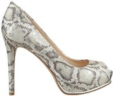 GUESS Honorah Platform Pumps