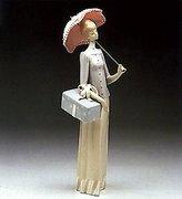 "Lladro Figurine ""Dressmaker"" 01004700"