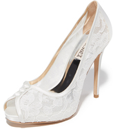 Badgley Mischka Nerissa Pumps
