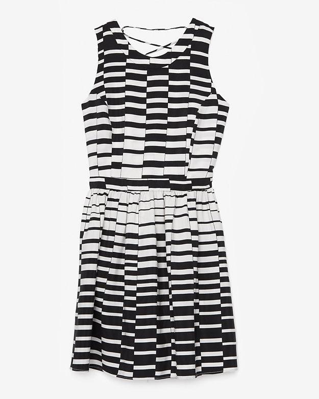 Parker Block Graphic Lace Up Back Dress