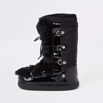 River Island Girls Black faux fur trim snow boots