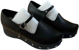 Flat Apartment Black Leather Sandals