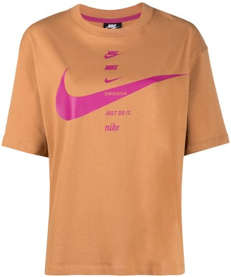 Nike NSW totem logo print T-shirt