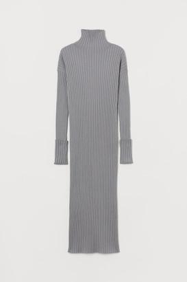 H&M Polo-neck wool dress