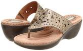 Clarks Newland Dazzle (Platinum Leather) - Footwear