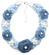 Denim 5 Flower And Pearl Necklace