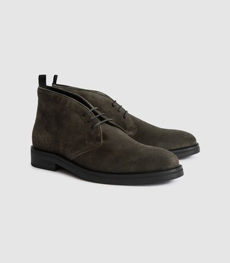 Reiss Elgin - Suede Chukka Boots in Green