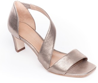 Bernardo Leather Mid-Heel Sandals - Camille