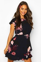boohoo Floral Woven Round Neck Dress