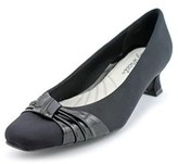 Easy Street Shoes Waive Women Pointed Toe Synthetic Black Loafer.