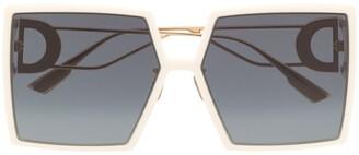 Christian Dior 30Montaigne square sunglasses