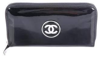 Chanel Patent CC Wallet