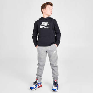 Nike Boys' Sportswear Embroidered Logo Club Fleece Jogger Pants