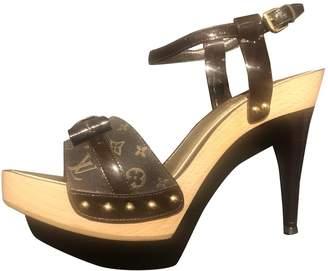 Louis Vuitton Brown Cloth Sandals