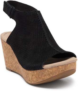 Clarks Annadel Joy Platform Wedge Sandal
