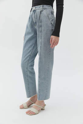 Urban Outfitters Caara CAARA Exclusive Pleated High-Waisted Jean Vintage Light Wash