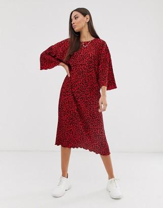 Asos Design DESIGN leopard print midi plisse huge t-shirt dress-Multi