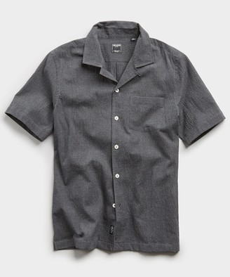 Todd Snyder Camp Collar Gingham Seersucker Shirt in Charcoal