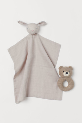 H&M Snuggle Blanket and Rattle Set - White