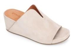 Gentle Souls by Kenneth Cole Gisele 65 Mule Sandals Women's Shoes