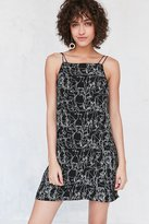 Silence & Noise Silence + Noise Ella Printed Crepe Shift Mini Dress