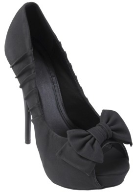 Journee Collection Womens Bow Detail Pumps