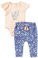 Jessica Simpson Baby Girls Newborn-9 Months Love Bodysuit & Printed Pant Set