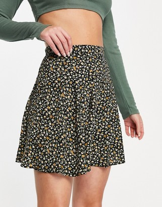 Daisy Street mini pleated skirt in ditsy floral