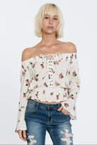 En Creme Floral Off-Shoulder Top