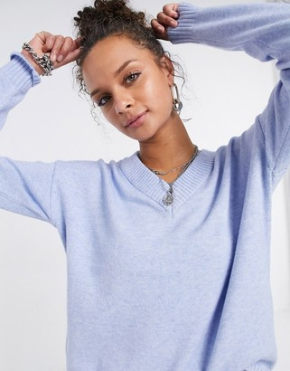 Vila v neck knitted jumper in light blue