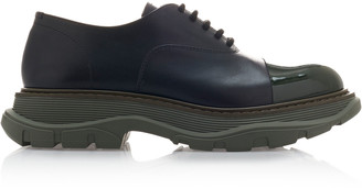 Alexander McQueen Paneled Two-Tone Leather Brogues