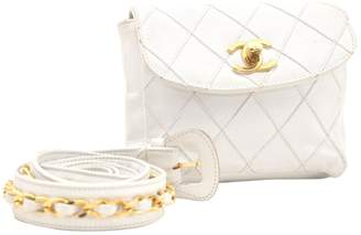 Chanel \N White Leather Clutch bags