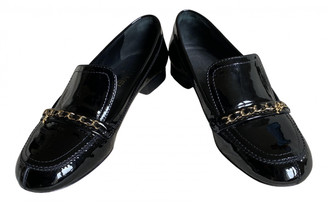 Chanel Black Patent leather Flats