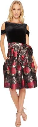 Tahari by Arthur S. Levine Women's Plus Size Round Neck Shift Dress with Split Sleeves