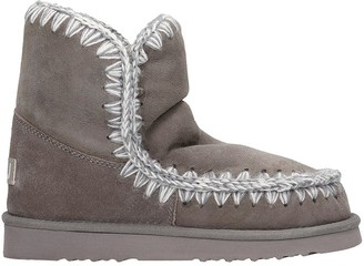 Mou Low Heels Ankle Boots In Grey Suede