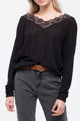 Blu Pepper V-Neck Lace Trim Front Knit Top
