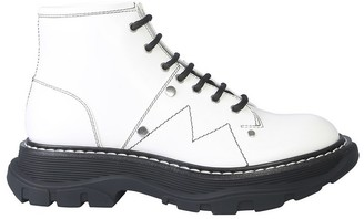 Alexander McQueen White Leather Ankle Boot w/Laces And Tread Sole