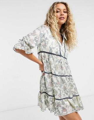 Vero Moda tiered smock dress in floral