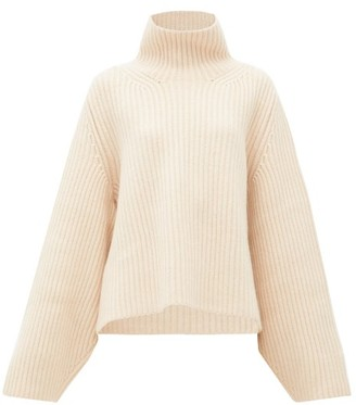 KHAITE Molly Ribbed Cashmere Sweater - Beige