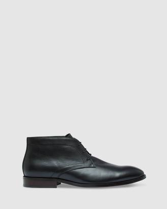 Oxford Tobias Leather Chukka Boots