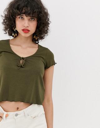 Vero Moda Scoop Neck Rib Top With Lettuce Edge-Green
