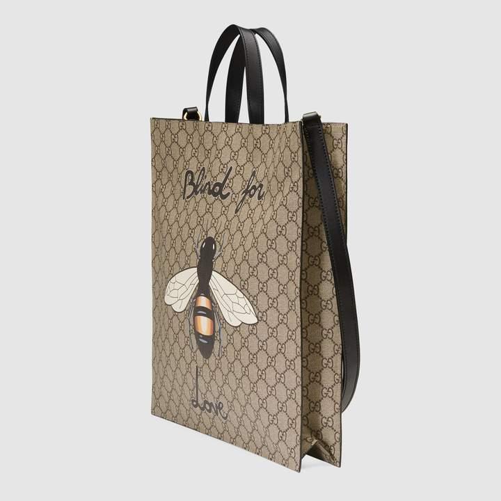 Gucci Bee print soft GG Supreme tote