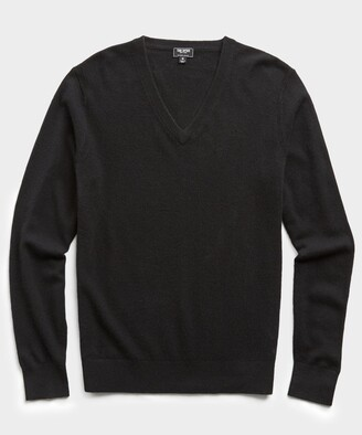 Todd Snyder Cashmere V-neck Sweater in Black