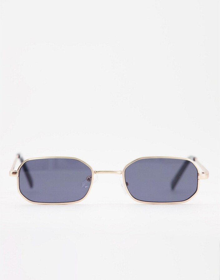 Thumbnail for your product : New Look small metal rectangle sunglasses in gold