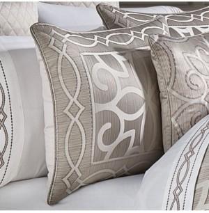 J Queen New York Deco Queen Comforter Set, 4 Piece Bedding