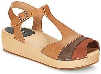 Swedish Hasbeens 90'S-T-STRAP-WEDGE women's Sandals in Brown