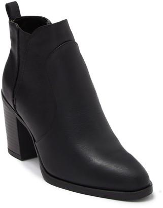 Mia Halle-D Chelsea Boot