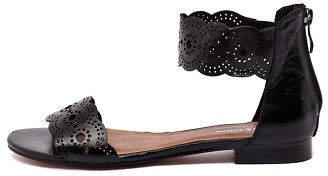 Django & Juliette New Palatie Black Womens Shoes Casual Sandals Sandals Flat