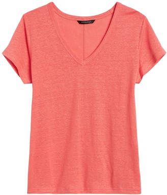 Banana Republic Petite Linen V-Neck T-Shirt