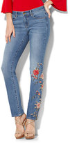 New York & Co. Soho Jeans - Embroidered Straight Leg - Indigo